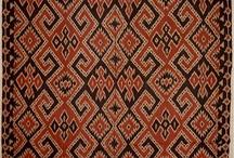 Batik & Tenun ikat Toraja Sulawesi