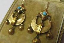 Womens Jewelry / by Maria Serna