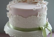 Cakes proposals-cakes for her / In this album you will find a lot of examples of the cakes selected from different places. Hope this will help you to choose the best one for your self.