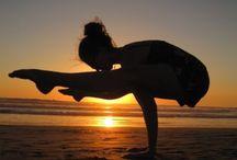 Artistic Yoga Pics / Cool and artsy yoga photos.
