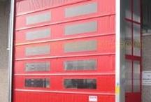 High-speed folding doors