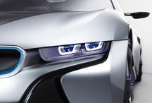 BMW - Lazer Işığı / BMW Grup Araştırma ve Yenilik Merkezi'den BMW'nin yeni far teknolojisinin kaynağı olan lazer ışığı ile ilgili bazı yeni fotoğraflara ulaştık. Devrim yaratan bu ışık kaynağı, verimli, güçlü ve kesinlikle güvenli. Oldukça da güzel görünüyor, siz ne dersiniz?