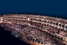 I teatri storici delle Marche / Gioielli incastonati nei centri storici e nei borghi medioevali della regione Marche