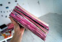Duże rozmiary Dziennika ;) / Tablica skupiająca wszystkie nadesłane prace, które obrazują objętość dziennika :) swoje kreacje ślijcie na maila: kontakt@zniszcztendziennik.pl