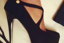 Shoes / High heels