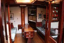 Sail interior / Vela sailing liveabord