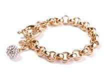 Gold / Biżuteria w kolorze złota - szlachetna, elegancka, doskonała.