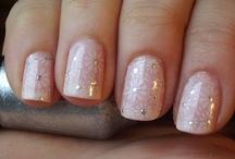 nails / by Wahida