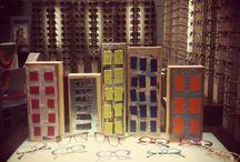 διακόσμηση βιτρίνας - our shop window display / η διακόσμηση της βιτρίνας μας