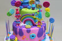 Troll cakes