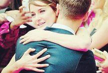Shailene Woodley és Theo James / Csakis Sheo!!♥ Shailne Woodley és Theo Jamesről szól ez a tábla.Fogadjátok nagy szeretette.Puszi.