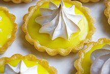 tartaletas de limon y merengue.