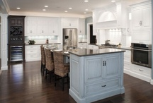 Butlers Pantry / by Jamie Ball