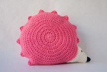 CROCHET.pillows&poufs / by Tia Mia  ♥