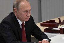 Под Путиным зашаталось кресло.