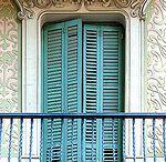 Güzelliğe bakan kapılar pencereler