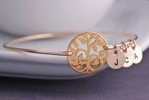 jewelry / by Dianne Arnett