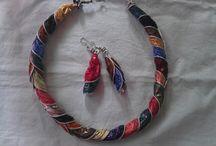 Collane/orecchini/braccialetti