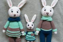 Семья зайцев )
