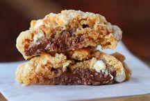 Cookies &  Desserts / by Regina Martin