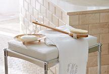 lisa bathroom