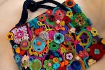 crochet - bags & purses / Lots and lots of crocheted bags - most of these pins have links to patterns, others serve to inspire