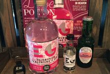 Craft Gin Club / Mystery craft batch gins from around the world. One bottle per month sent directly to your door.
