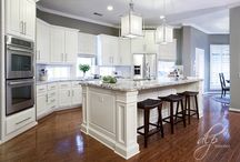 White and grey kitchen cabinet ideas