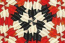 """A Magia de Escher / No """"Palácio das Artes"""" em Belo-Horizonte está acontecendo a exposição """"A Magia de Escher"""" em que estão expostas obras do artista holandês Maurits Cornelis Escher além das obras os visitantes tem a oportunidade de interagir com as artes e poder sentir-se dentro do mundo apresentado pelo artista"""