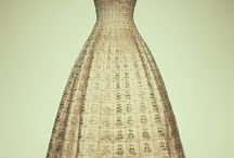 Pretty Dresses  / by Mellina Olsen