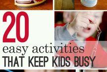 mit Kindern spielen