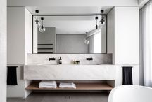 int_bathrooms