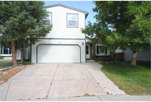 SANDREED Cir Parker, Colorado 80134 / This home has been transformed! The living area is open for family & entertaining. Kitchen remodeled with newer appliances and cabinets.