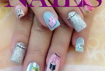 Nails / Na pontinha dos dedos, cores, arte, imaginação e criatividade! Coisa de mulherzinha? Não... coisa bonita demais mesmo!