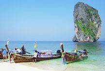 Thailand / En rejse til Thailand er en rejse til gæstfrihedens og smilenes land. Her føler du dig velkommen, så snart du ankommer. I Thailand finder du alle ingredienserne til at skabe den perfekte rejse. Havet er turkisblåt, strandene er kridhvide og maden er fantastisk - det er paradis på jorden! Se mere på www.apollorejser.dk/rejser/asien/thailand