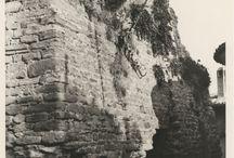 Foto: Rocche e castelli E-R / Castle / La ricognizione fotografica effettuata da Francesco Dellamore nel 1926-1929, poi integrata con immagini precedenti e altre degli anni '70. #Romagna