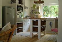 Küchen / Vollholzküchen