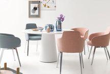 Esszimmer / Inspiration fürs Esszimmer - ob nordisch, skandinavisch leicht oder gemütlich mit Massivholzmöbeln aus Italien. Natürliche Materialien finden bei uns gern Anwendung im Essbereich - so kommt nicht nur gesundes auf den Tisch.   #Secto #LZF #COR Stühle für's #Esszimmer