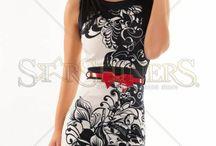 Haine de senzatie / Eleganta si stilul feminin isi pun amprenta pe colectia noastra. Iti incantam privirea cu cele mai frumoase rochii, cu cele mai sofisticate tinute pentru birou si cele mai chic outfituri. Comanda acum!