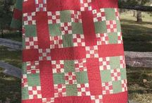 Antique & Vintage quilts / by Kim Rudd