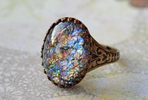 Vintage treasury / Vintage Findings and Jewelries