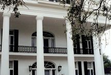 Oaklawn / Oaklawn Manor is a plantation house located on the Bayou Teche right outside the town of Franklin, Louisiana. The house was built by Alexander Porter around 1837.[2] The house is listed on the National Register of Historic Places.