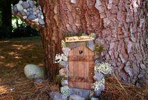 casitas miniaturas en arboles