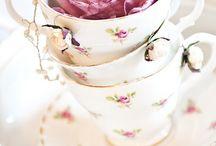 ≈ Porcelaine ❀⊱✿⊱❀ ≈ / Surtout de la porcelaine ancienne á petites fleurs roses !