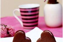 Valentines Love / Valentines Day + Ice Cream = Foolproof Combination