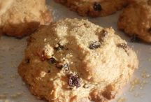 Cookies/cakes/custard