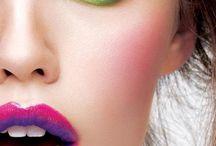 Beauty Pins / by Shelby Stojke
