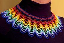 collar tejido mostacilla