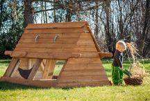 Hønsehuse / Smukt designede hønsehuse i 100% holdbart og bæredygtigt Lærketræ. FSC.