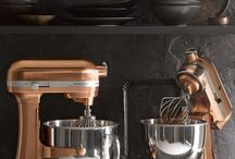 Small Kitchen Appliances / Keep your kitchen running smoothly with the latest stylish small electric appliances.